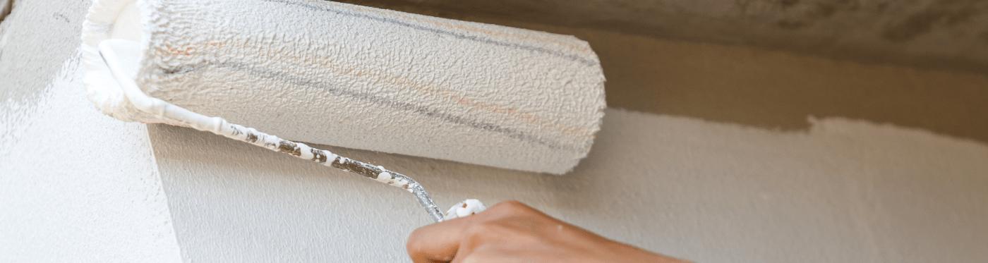 rollen van muren en plafonds